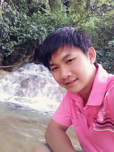 likeselfiewaterfall